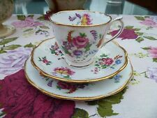 Lovely Vintage Royal Albert inglese CHINA TRIO TAZZA PIATTINO Tè PIASTRA BARBARA ANN