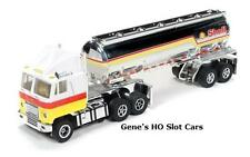 AUTO WORLD ~ BRAND NEW SHELL CHROME  TANKER ~ NEW IN BOX ~ FITS AFX, AW, JL