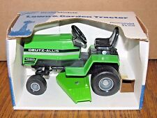 Deutz Allis Lawn Garden Tractor 1/16 Scale Models Toy #412 / 995 1st Edition USA