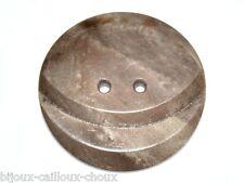 1 gros BOUTON ancien ART DECO en galalithe marron 35mm button