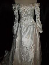 Wedding Gown/Dress Size 12 (Bank Foreclosure)