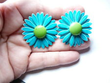 Vintage Gold Tone Metal Teal Green Enamel Layered Daisy Flower Clip On Earrings