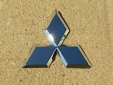MITSUBISHI 3 DIAMOND EMBLEM BADGE