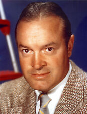Bob Hope UNSIGNED photo - C972 - His career spanning nearly 80 years