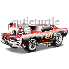 Maisto Muscle Machines 1966 Pontiac GTO 1:24 Diecast Model Car 35234 Red