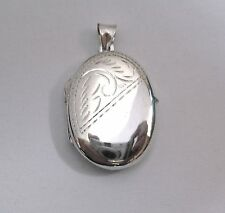 Sterling Silver Large Oval shaped Half Engraved Half plain Locket 5.55g