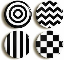 MOD SIXTIES MONOCHROME BADGE BUTTON PIN SET (Size is 1inch/25mm diameter) 1960s