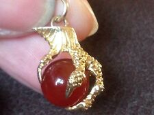 9 ct yellow gold Carnelian Claw / Talon Charm/pendant, 3.6 G , not scrap, G Con