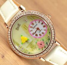 Damenuhr Watch in Weiss mit Strass in 3D mit Blumen Uhr in Gelbgold für Damen