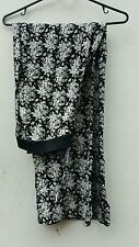 Ladies Women's Size 12 Black and White Printed Wide Legged Palazzo Pants