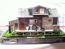 Plumbing Supply Building by Woodland Scenics for Menards O Gauge
