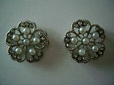 2 Hole Slider Beads Pearl Flowers Clear in Silver Made W/ Swarovski  Elements #2