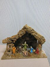VINTAGE ITALIAN  NATIVITY   FIGURES CRECHE WOOD  STABLE MADE IN ITALY