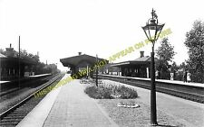 Hanwell & Elthorne Railway Station Photo. Southall - West Ealing. GWR. (1)
