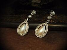 Vintage Cristal Perla de larga caída de lágrima & Pendientes Perforados