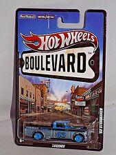 Hot Wheels Boulevard Series Legends '63 Studebaker Grey & Blue w/ Real Riders