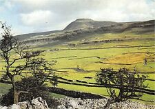 B88717 ingleborough from twistleton scar yorkshire uk