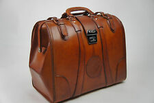 Vintage Every Day Size Gladstone Bag In Tan. Superb Condition