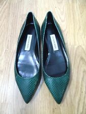NWT BURBERRY SNAKESKIN POINTED-TOE FLATS EMERALD COLOR SIZE 8.5-9 US/39 EU ITALY