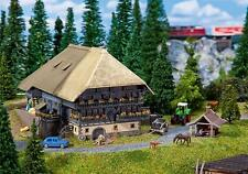 232252 Faller N-Scale 1:160 Kit of a Black Forest Farm with baking cottage - NEW