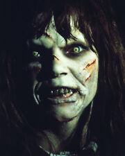 Linda Blair UNSIGNED photo - 1364 - The Exorcist