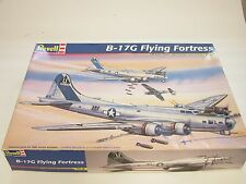 1/48 Revell B-17G Flying Fortress WW2 Plastic Scale Model Kit Complete 2004