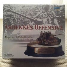 ARDENNES OFFENSIVE DRAGON ARMOUR MODEL KING TIGER SPZABT 501 Diorama 1/72 scale