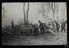 Glass Magic Lantern Slide FRENCH 75MM GUNS IN ACTION WW1 DRAWING