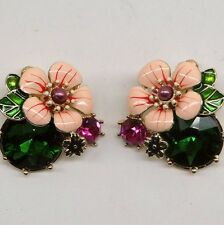 ANTHROPOLOGIE ENAMEL LOOK FLOWER GLASS STONES STUD EARRINGS LES BELLE NEW GREEN