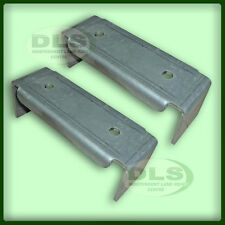 LAND ROVER DEFENDER FRONT ANTI-ROLL BAR BRACKETS (PAIR)
