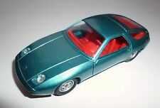 Porsche 928 in blau bleu azuro blue metallic, Solido in 1:43, ca. 10,4 cm long