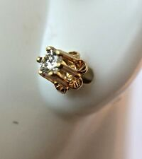 14K Yellow Gold 0.15ct Solitaire Diamond Buttercup Stud Earring Screw Back VTG
