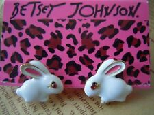 NEW Betsey Johnson Beautiful Crystal White Rabbit Alloy BJ Earrings BJEA011