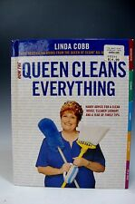 How the Queen Cleans Everything: Handy Advice for a Clean House, Hardcover