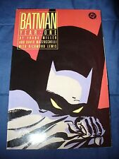BATMAN - YEAR ONE (DC 1988) FRANK MILLER in 8.0 VF Condition WOW!
