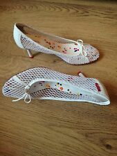 LADIES WHITE HEELED SHOES  SIZE 6   EU 39    MISS SIXTY