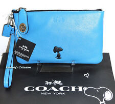 COACH X Peanuts SNOOPY Limited Edition Blue Leather Turnlock Wristlet Bag NWT