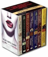 BOXED SET DEAD UNTIL DARK BY CHARLAINE HARRIS - BOOKS 1-6