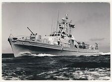 """Bundesmarine SCHNELLES MINENSUCHBOOT """"Castor"""" M 1051 * Foto-AK um 1975 Renard ?"""