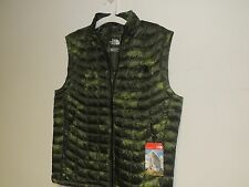 North Face Mens THERMOBALL VEST in medium spruce floral camo print NWT
