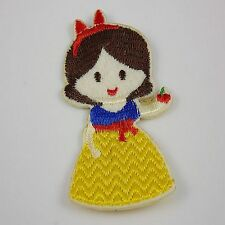1pcs Embroidered Cloth Iron On Patch Sew Motif Applique the cartoon R7N