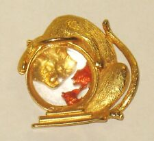 Vintage cat looking in fish tank brooch