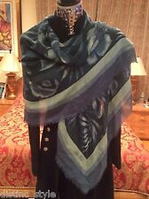 SUMPTIOUS RARE ICONIC CHIC LORO PIANA  cashmere/silk SHAWL with fringed edges