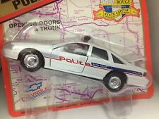 Road Champs 1:43 scale diecast 1997 Chevrolet Baton Rouge Police