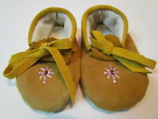 NEW, NATIVE AMERICAN BABY MOCCASINS, UNISEX, 4.5 INCHES LONG, TAN LEATHER