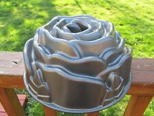 "Nordic Ware ""Rose Bundt Pan"" #54148 Cast Aluminum Baking Mold, 10-cup Coated Exc"