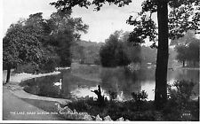 THE LAKE, WARD JACKSON PARK, WEST HARTLEPOOL.  Co DURHAM. OLD POSTCARD.
