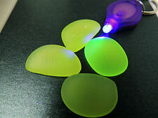 Uranium Glass Geiger Counter Check Source - & 1 UV Light (000024)