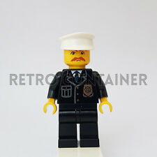 LEGO Minifigures - 1x cty128 - Policeman - Omino Minifig Police Cop Set 8401