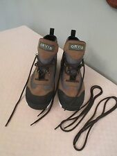 Orvis Men's New with Tag Boots with two extra strings.